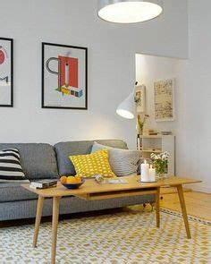 joli salon deco nordique avec meuble suedois et tapis With tapis rouge avec canapé ajis
