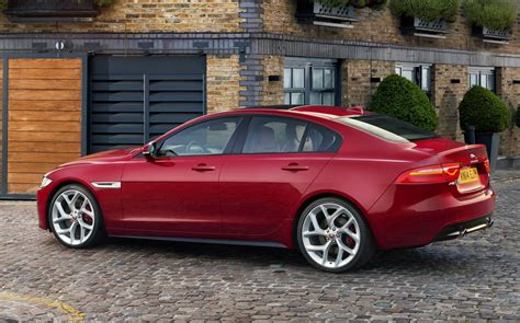 Jaguar Xe News by New 2016 Jaguar Xe Officially Revealed Images And Details 45