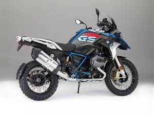 bmw dirt bike 2017 bmw r1200gs gets upgrades and a rallye