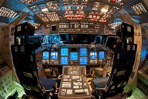 Picture of the Day: What a Space Shuttle Cockpit Looks ...