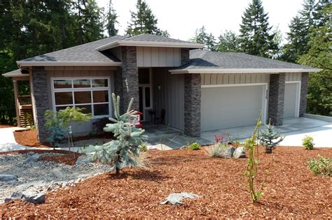 contemporary prairie style house plans small one prairie style river accomodates a sloped lot