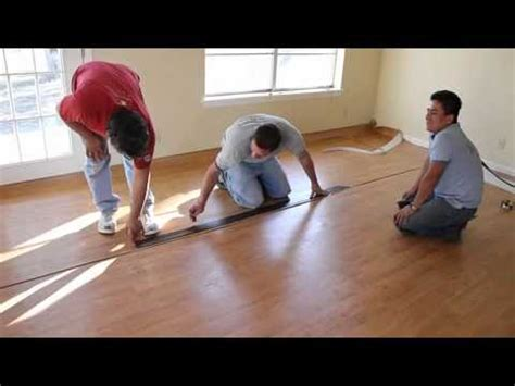 Installing a vinyl floor (wood pattern)   YouTube