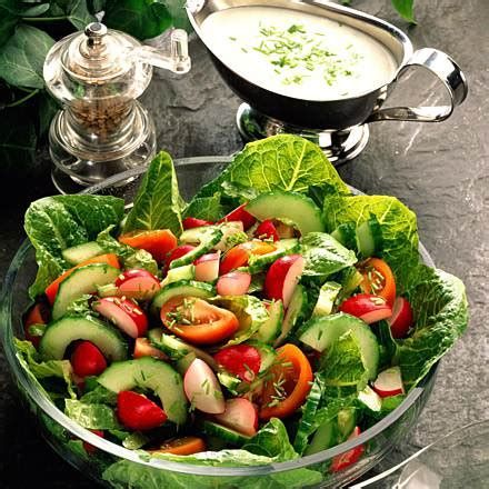 rezept einfacher gemischter salat mit joghurt schnittlauch dressing rezept lecker