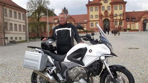 motorrad mit automatik schalten ohne zu kuppeln honda crosstourer vfr 1200 x mit