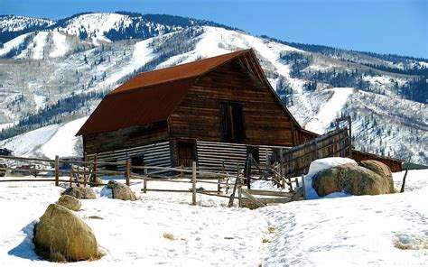 Steamboat Springs Barn by Steamboat Barn Photograph By Tim Nielsen