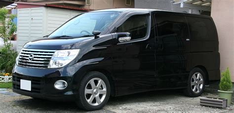Nissan Elgrand Backgrounds by Nissan Elgrand Pictures Information And Specs Auto