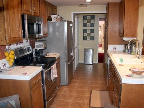 kitchen makeovers hgtv before and after kitchen makeovers from rate my space diy 2280