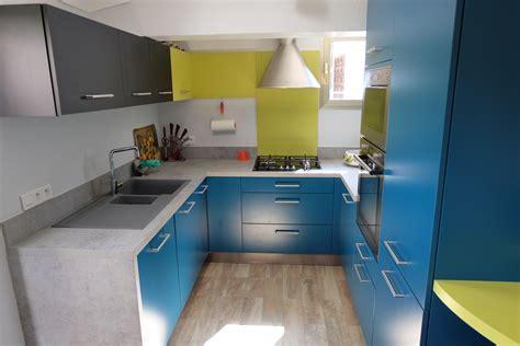 modeles de cuisine avec ilot central une cuisine qui a tout d une grande le