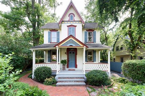 country living homes for sale tell me this isn t the cutest house you ve ever seen