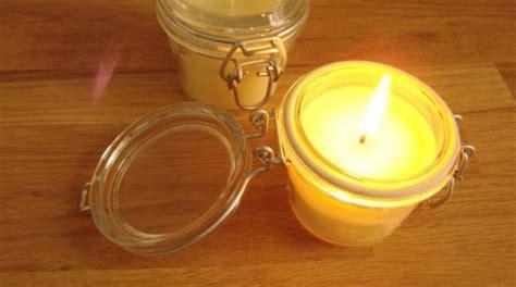comment faire des bougies 224 la cire d abeille facilement