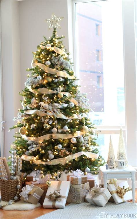 ideas  gold christmas tree  pinterest gold