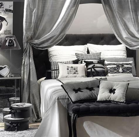 Chambre Gris Et Blanc Une Chambre De Fille Grise Et Blanche Pour Une D 233 Co Moderne