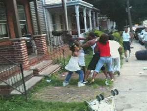Sheeesh: Big Bother Gets Jumped On By 4 People In The Hood ...