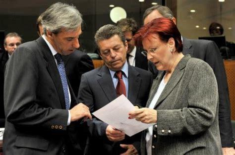 Consiglio Dei Ministri Europeo by Diavolo 232 Il Consiglio Dei Ministri Dell Unione Europea