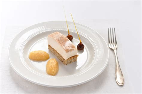 dessert avec 2 pommes pommes coings noisettes deux desserts de saison carnets parisiens