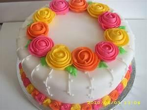 simple cake decoration | the wilton method decorating ...