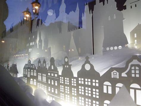 interactive christmas window display  wellen prague