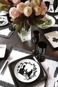 Assiette Noire Ikea : un appartement parisien tr s f minin galerie photos d 39 article 18 20 ~ Teatrodelosmanantiales.com Idées de Décoration