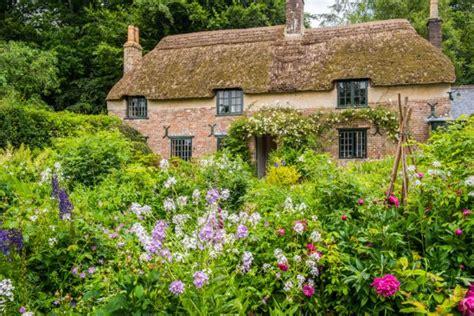 Hardy's Cottage, Higher Bockhampton, Dorset  History & Photos