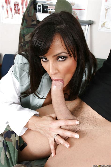 Amazing Milf Lisa Ann With Big Tits Has Hardcore Sex In