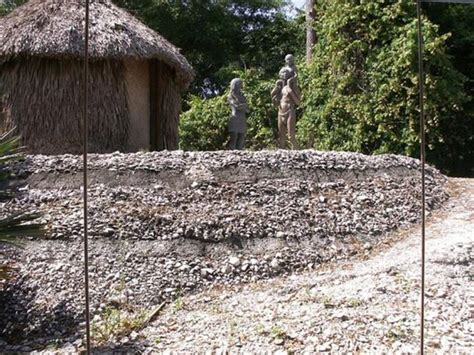 calusa florida tribe history indians reconstruction whats located houses chickee terraces display explorers wrote lost early shell origins ancient been