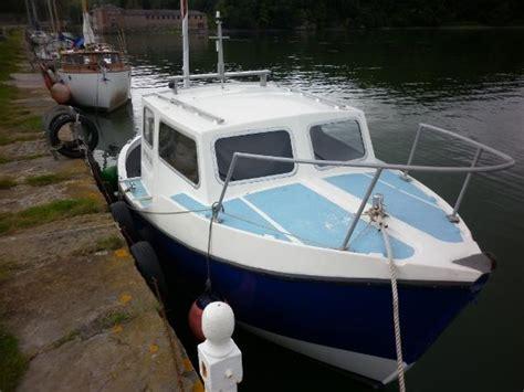 Small Boats For Sale Plymouth by 1985 Island Plastic 24 Ip24 Bangor Gwynedd Boats