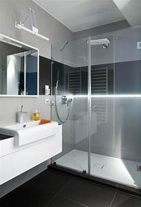 Behindertengerechte Badezimmer Beispiele : kleines badezimmer renovieren ideen ~ Eleganceandgraceweddings.com Haus und Dekorationen