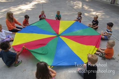 parachute basics the hello teach preschool 272 | Red Day and straws 150