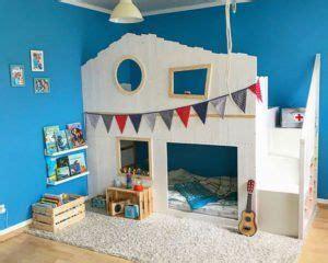 Kinderzimmer Junge Pirat by Hausbett Aus Ikea Kura Selber Bauen Mit Dach Stilschuppen
