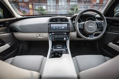 jaguar xe portfolio review ingenium  litre diesel