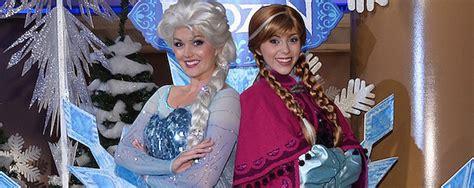 anna  elsa meet celebrities   frozen white