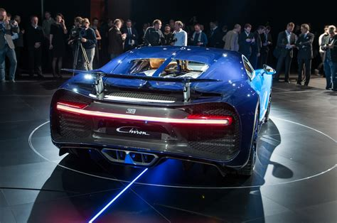 2017 bugatti chiron first drive. Bugatti Chiron by Design: What's New and Why - Motor Trend