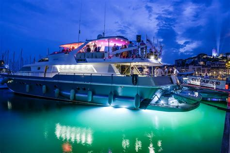 Party Boat Rental Vancouver Bc by Countdown To Cannes Lions 2016 Yacht Charter News And