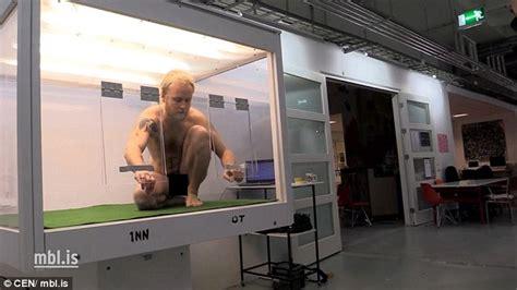 Artist Almar Atlason Will Live For A Week Inside A Glass