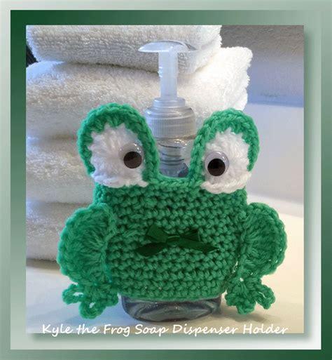 kyle  frog soap dispenser holder  frog pattern