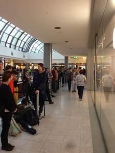 Oez München öffnungszeiten : fotos er ffnung apple store m nchen oez macerkopf ~ Orissabook.com Haus und Dekorationen