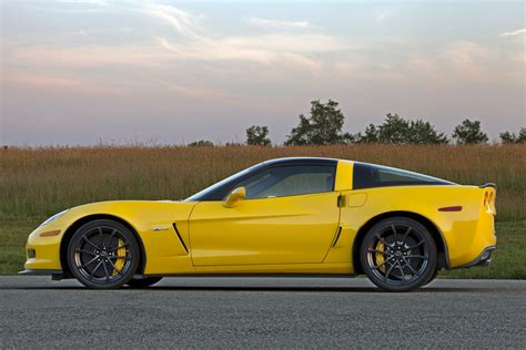 2013 C6 Corvette by 2013 Corvette Ultimate Guide Overview Specs Vin Info