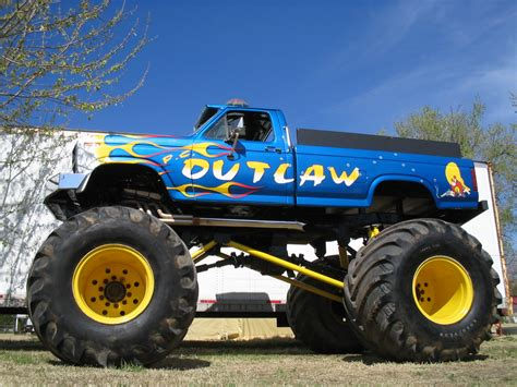 videos de monster trucks wallpapers semana159 monster truck 4 lista de carros
