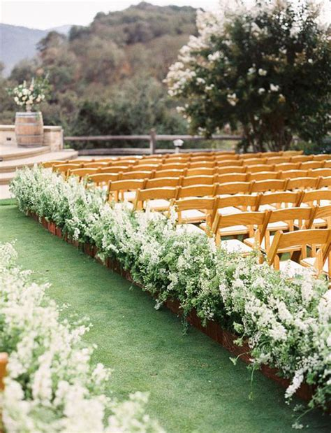 10 outdoor wedding ceremony ideas that nobody else will