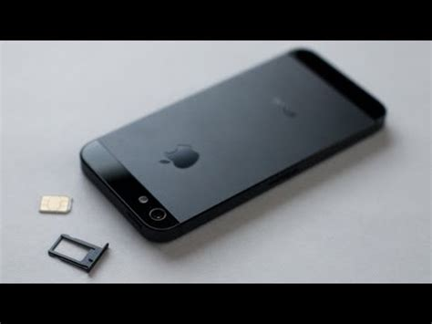 iphone 5s sim card slot iphone 5 5s how to insert remove a sim card