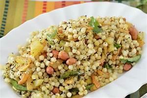 Sabudana Khichadi Recipe | Hungryforever
