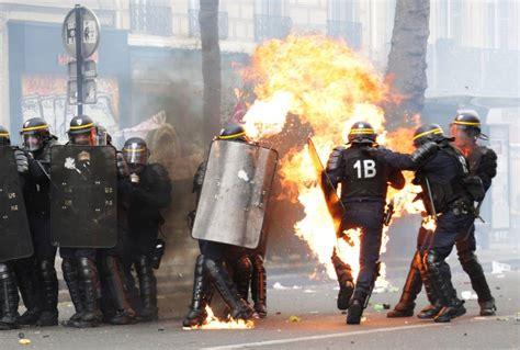 galerie de  en images des policiers blesses dans