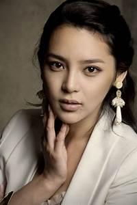 » Park Si Yeon » Korean Actor & Actress