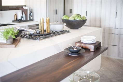 quartz countertops   hottest kitchen trend