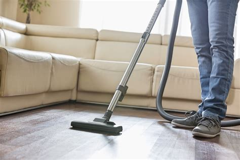 Best Vacuum For Hardwood Floors And Pet Hair (nov. 2018 Where Can I Get My Car Spray Painted Painting Brisbane Touch Up Paint Auto Guns Candy Apple Blue Best For Galvanized Metal With Glitter Alloy Wheels