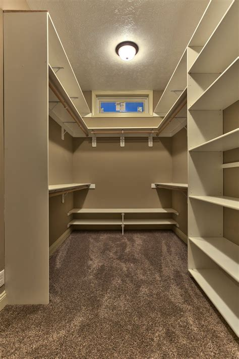Bedroom Closet Design by Small Walk In Closet Ideas Makeovers Small