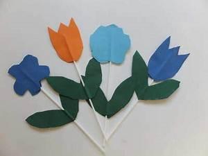Blumen Basteln Kinder : krepppapier blume basteln mit krippenkindern ~ Frokenaadalensverden.com Haus und Dekorationen