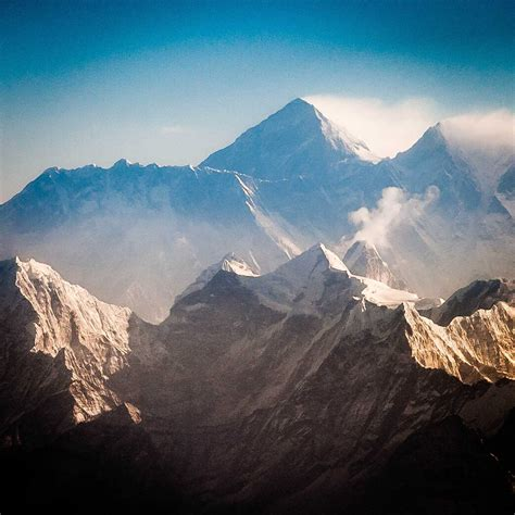 The History Of Climbing Mount Everest  The Explorer's Passage