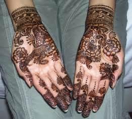 18 Fashion: Indian Wedding Mehndi Designs