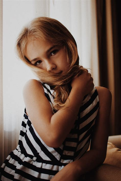 adhd  girls   recognize  signs symptoms  adhd